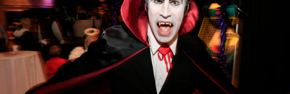 Count WACula, who looks a whole lot like Dracula, shows his fangs ... with a smile.